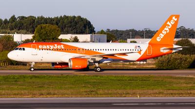 OE-IZD - Airbus A320-214 - easyJet Europe