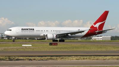 VH-OGA - Boeing 767-338(ER) - Qantas