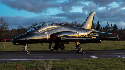 XX335 - British Aerospace Hawk T.1A - United Kingdom - Royal Air Force (RAF)