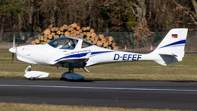 D-EFEF - Aquila A210 - RheinMain Flightcenter GmbH