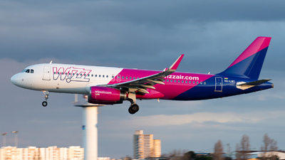 A picture of HALWY - Airbus A320232 - Wizz Air - © Aaron Vancoillie