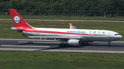 B-6517 - Airbus A330-243 - Sichuan Airlines