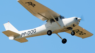 PP-DOG - Cessna 152 - Private