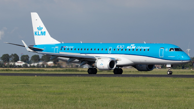 A picture of PHEXD - Embraer E190STD - KLM - © Sandra
