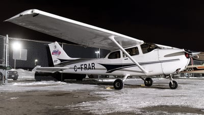 C-FRAR - Cessna 172S Skyhawk - Waterloo Wellington Flight Centre