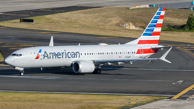 A picture of N310RF - Boeing 737 MAX 8 - American Airlines - © Hector Rivera-HR Planespotter