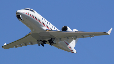 C-GIIT - Bombardier CL-600-2B16 Challenger 604 - Private