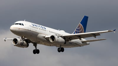 A picture of N844UA - Airbus A319131 - United Airlines - © Sean Brink