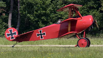 F-AYDR - Fokker DR.1 - Private