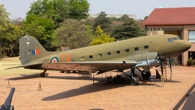 KN231 - Douglas C-47B Skytrain - United Kingdom - Royal Air Force (RAF)