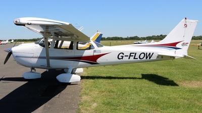A picture of GFLOW - Cessna 172S Skyhawk SP - [172S9677] - © David Cook