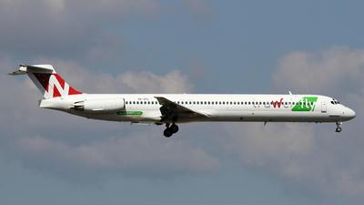 A picture of YROTL - McDonnell Douglas MD83 - [48079] - © Stig Rokkones