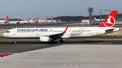 A picture of TCJSP - Airbus A321231 - Turkish Airlines - © Firat Cimenli