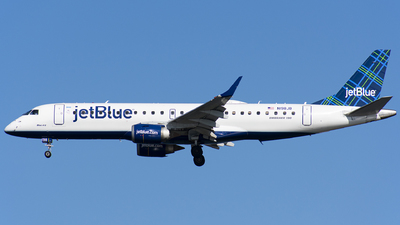 A picture of N198JB - Embraer E190AR - JetBlue Airways - © Wes B