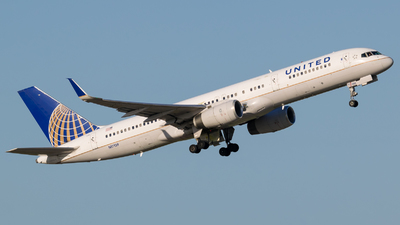 A picture of N17139 - Boeing 757224 - United Airlines - © Positive Rate Photography