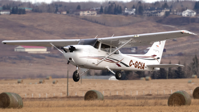 C-GCIA - Cessna 172S Skyhawk SP - Private