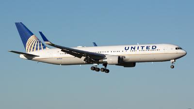 N652UA - Boeing 767-322(ER) - United Airlines