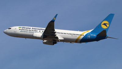 A picture of URPSY - Boeing 7378EH - Ukraine Int. Airlines - © Ferenc Kolos