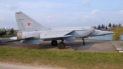 26 - Mikoyan-Gurevich MiG-25RBS Foxbat-D - Russia - Air Force