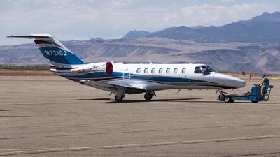 A picture of N721DJ - Cessna 525B CitationJet CJ3 - [525B0513] - © David Lee