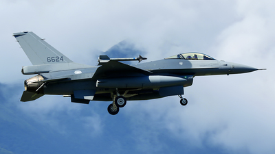 6624 - General Dynamics F-16A Fighting Falcon - Taiwan - Air Force