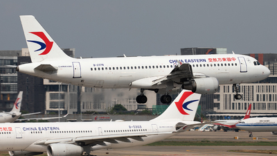 A picture of B2378 - Airbus A320214 - China Eastern Airlines - © Wang Jiasheng