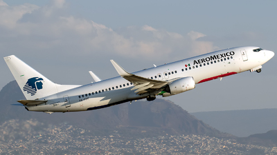 XA-FFF - Boeing 737-86J - Aeroméxico