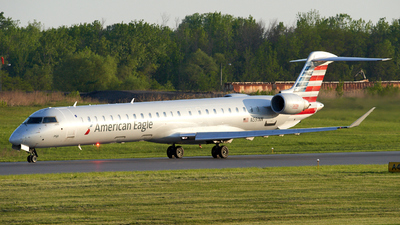 A picture of N591NN - Mitsubishi CRJ900LR - American Airlines - © Zachary Wilkie
