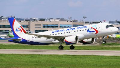 VP-BRX - Airbus A320-251N - Ural Airlines