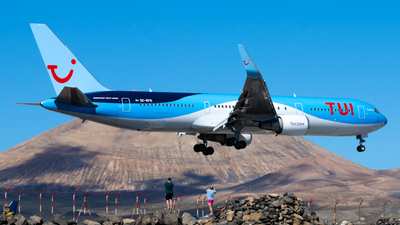 A picture of SERFR - Boeing 76738A(ER) - TUI fly - © aaron_gcrr