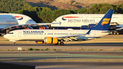A picture of TFICE - Boeing 737 MAX 8 - Icelandair - © Guille Gª del Alamo