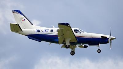 OK-JKT - Socata TBM-700 - T-air