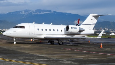 N711WM - Bombardier CL-600-2B16 Challenger 601-3A - Private