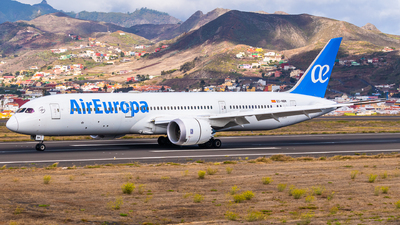 A picture of ECNBM - Boeing 7879 Dreamliner - Air Europa - © Bartosz Szarszewski