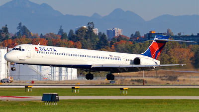 N943DN - McDonnell Douglas MD-90-30 - Delta Air Lines