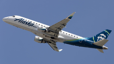 A picture of N195SY - Embraer E175LR - Alaska Airlines - © Angelos Panou