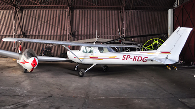 SP-KDG - Cessna 152 - Private