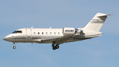 N222MC - Bombardier CL-600-2B16 Challenger 604 - Private