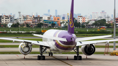 HS-TKM - Boeing 777-3ALER - Thai Airways International