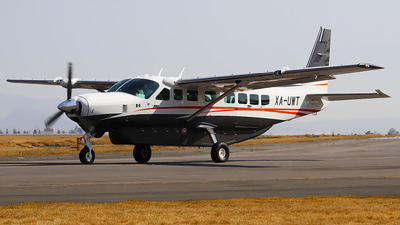 XA-UWT - Cessna 208B Grand Caravan - Private
