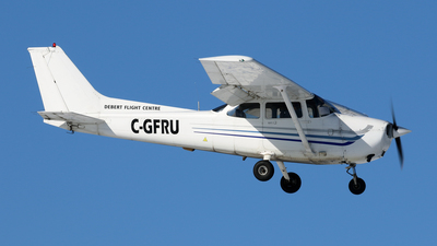 A picture of CGFRU - Cessna 172S Skyhawk SP - [172S9434] - © Michael Durning