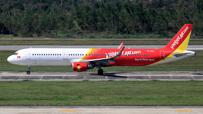 A picture of VNA522 - Airbus A321211 - VietJet Air - © photogiap