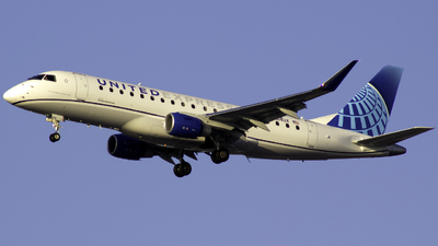 N614UX - Embraer 170-200LL - United Express (ExpressJet Airlines)