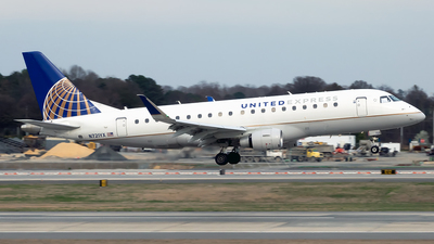 A picture of N721YX - Embraer E175LR - United Airlines - © mariaPGAer