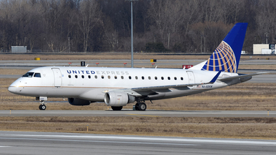 A picture of N648RW - Embraer E170SE - United Airlines - © DJ Reed - OPShots Photo Team