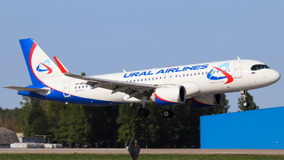 A picture of VPBRZ - Airbus A320251N - Ural Airlines - © Vitaly Revyakin