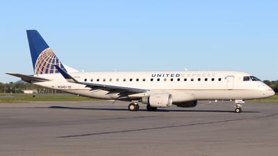 A picture of N134SY - Embraer E175LR - United Airlines - © Shawn Coons
