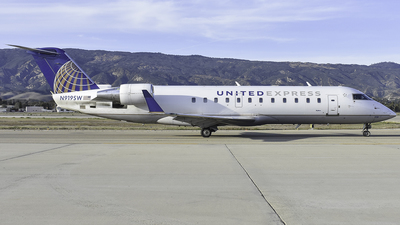 A picture of N919SW - Mitsubishi CRJ200LR - United Airlines - © Nathaniel Schott
