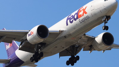 A picture of N868FD - Boeing 777FS2 - FedEx - © CHA CHA