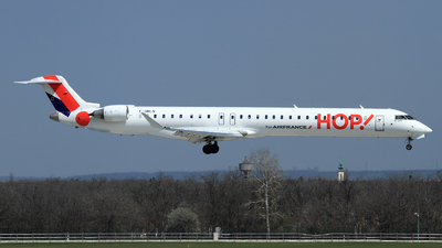 F-HMLN - Bombardier CRJ-1000EL - HOP! for Air France